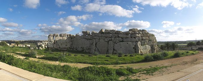 Ġgantija_north_wall