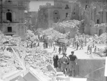 Valetta-bomb-damage
